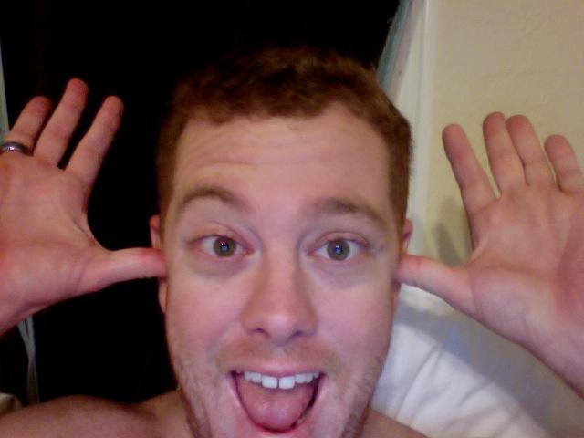 mark dickinson in bed blogging