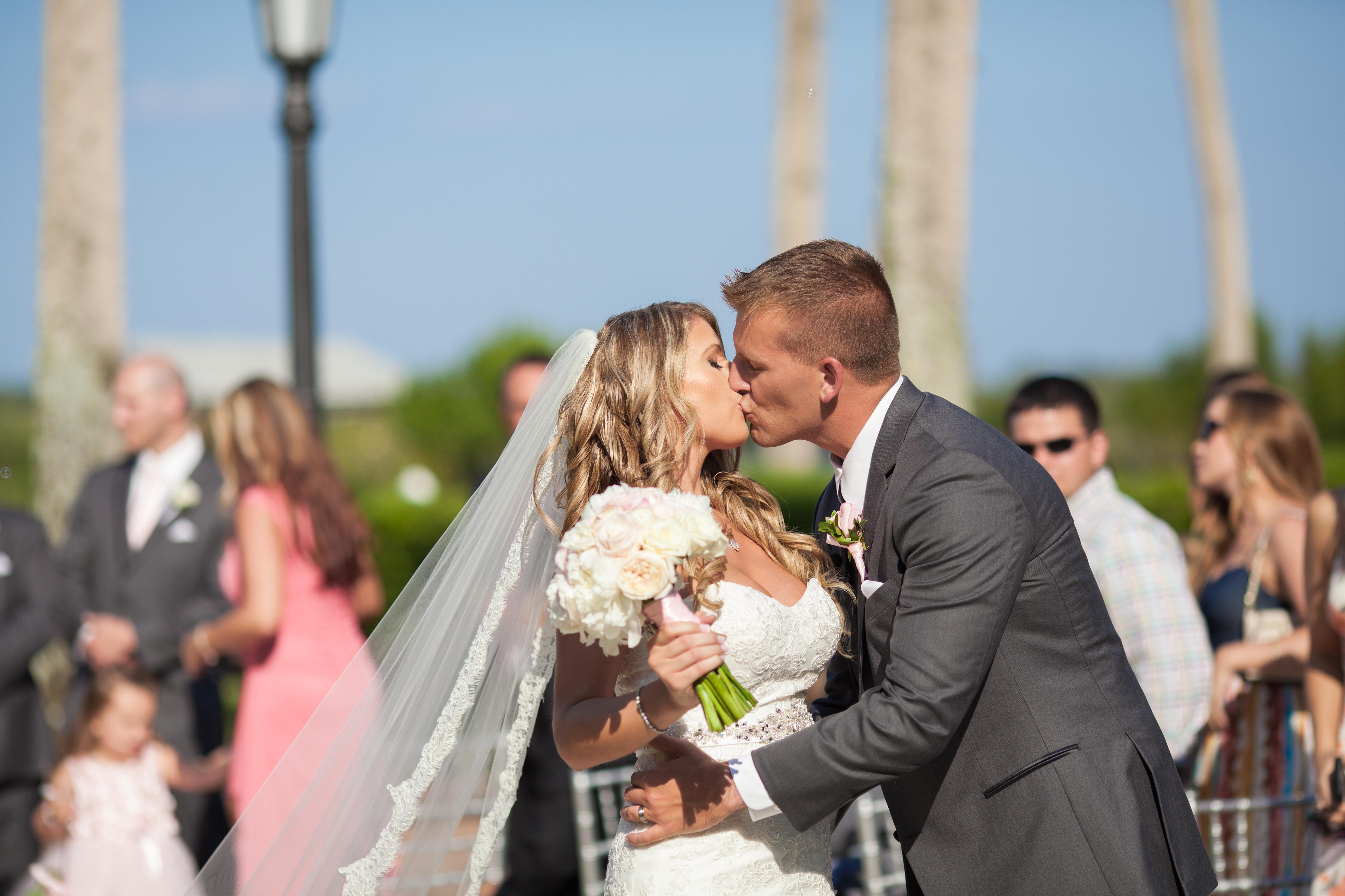 Perfect Outdoor Florida Wedding