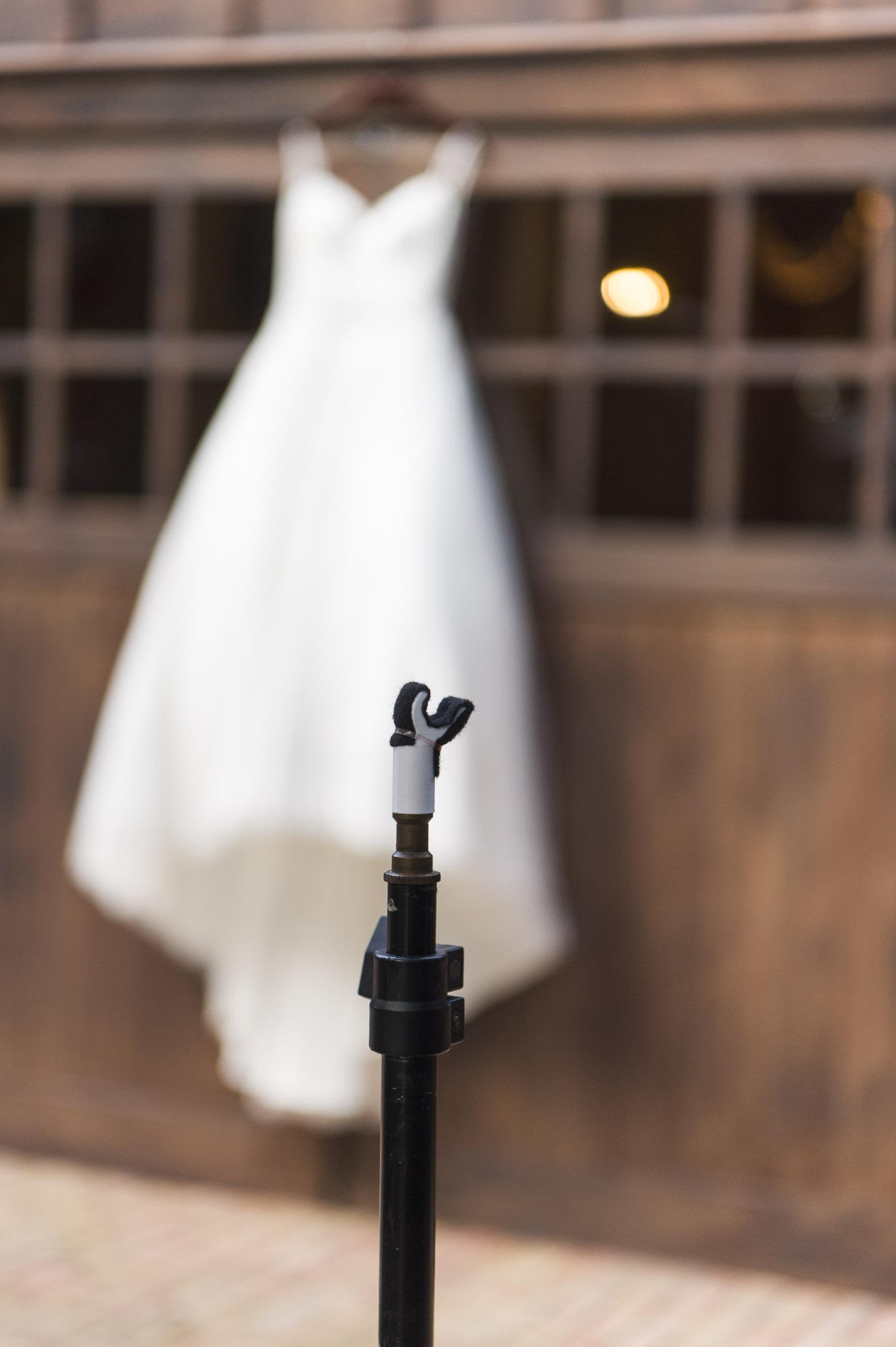 The Wedding Hanger! Photographers hang brides dresses easily